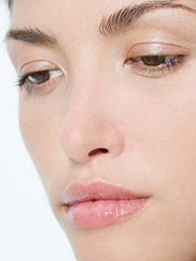 face-woman-close-up-300jn032207.jpg